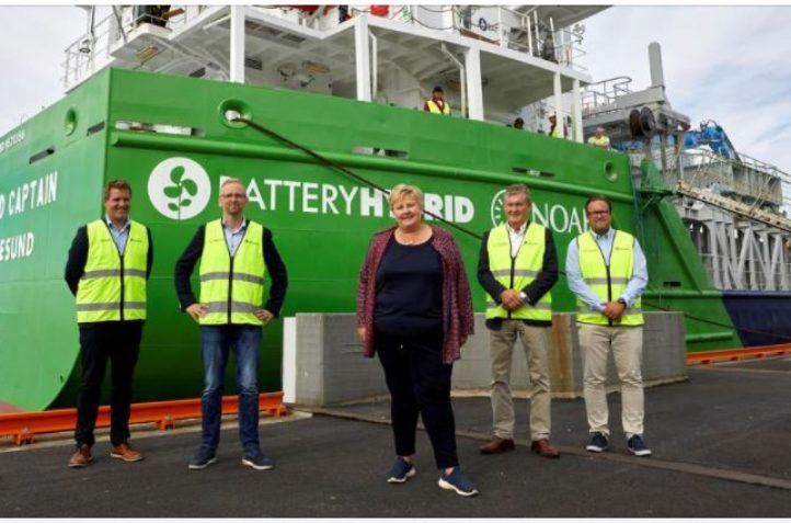 Verdens første hybride frakteskip